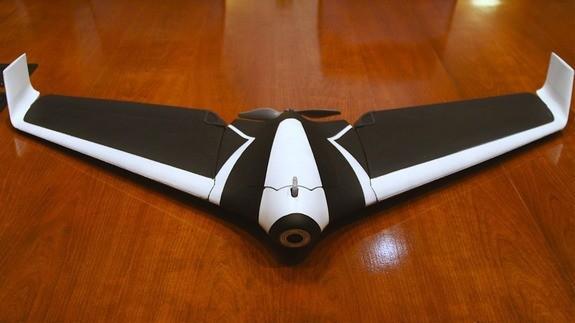 Самолет дрон защита камеры синяя mavik в домашних условиях
