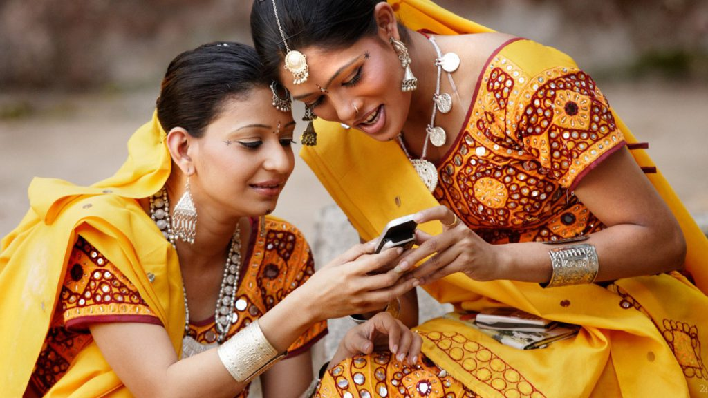 1446201508_o-women-india-technology-facebook