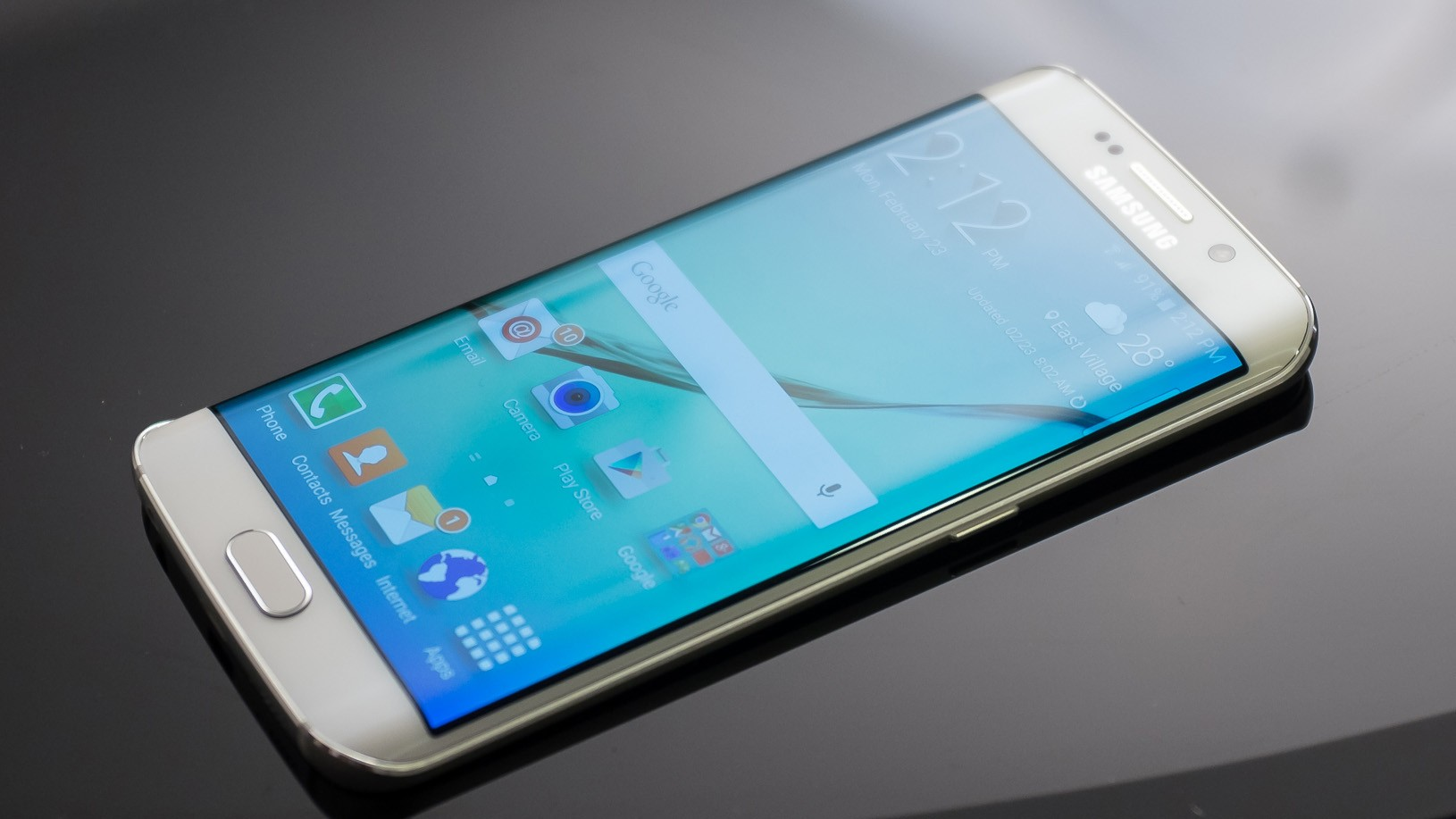 Обзор-Samsung-Galaxy-S6-Edge