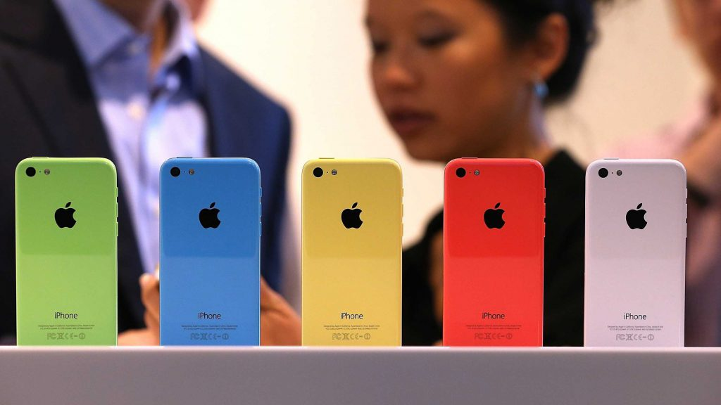 how-to-spot-a-fake-counterfeit-iphone-5cs-and-5ss-are-already-everywhere