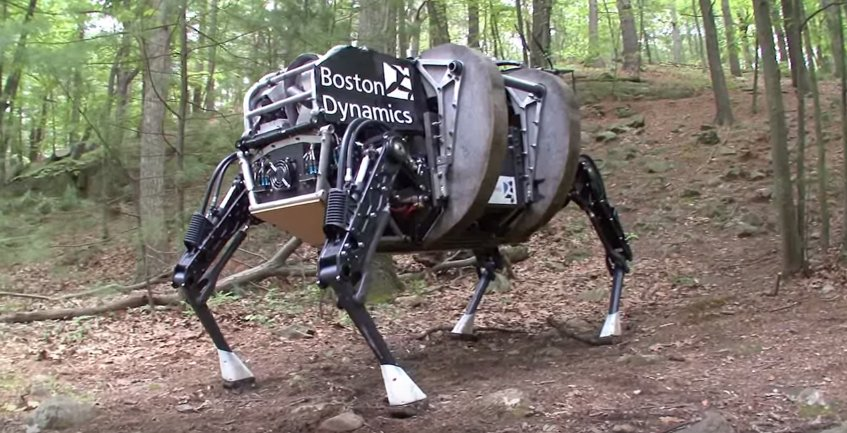 this-giant-bear-of-a-robot-is-called-the-ls3-and-can-travel-20-miles-without-refueling