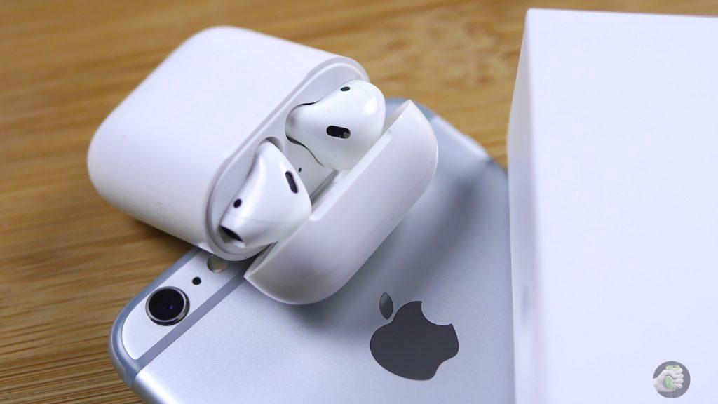 Ты потеряешь наушник! Apple удалила приложение для поиска AirPods