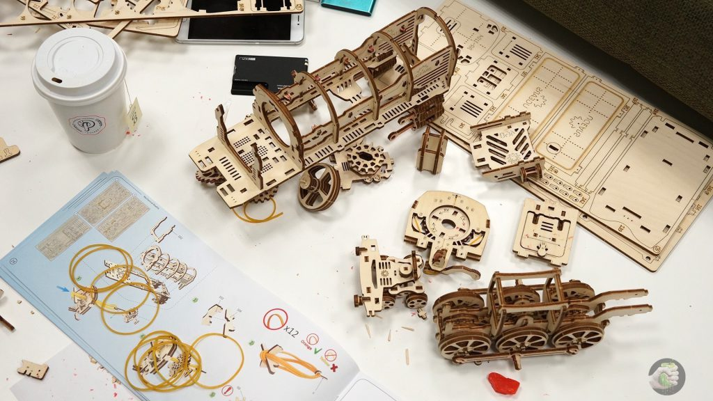 ugears-train-wylsacom-6