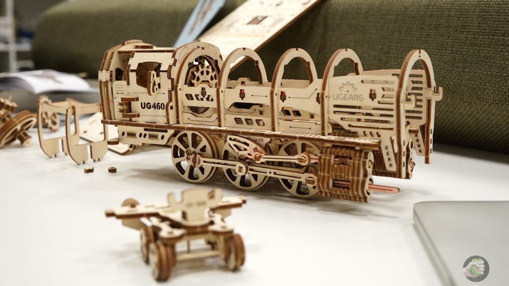 ugears-train-wylsacom-7
