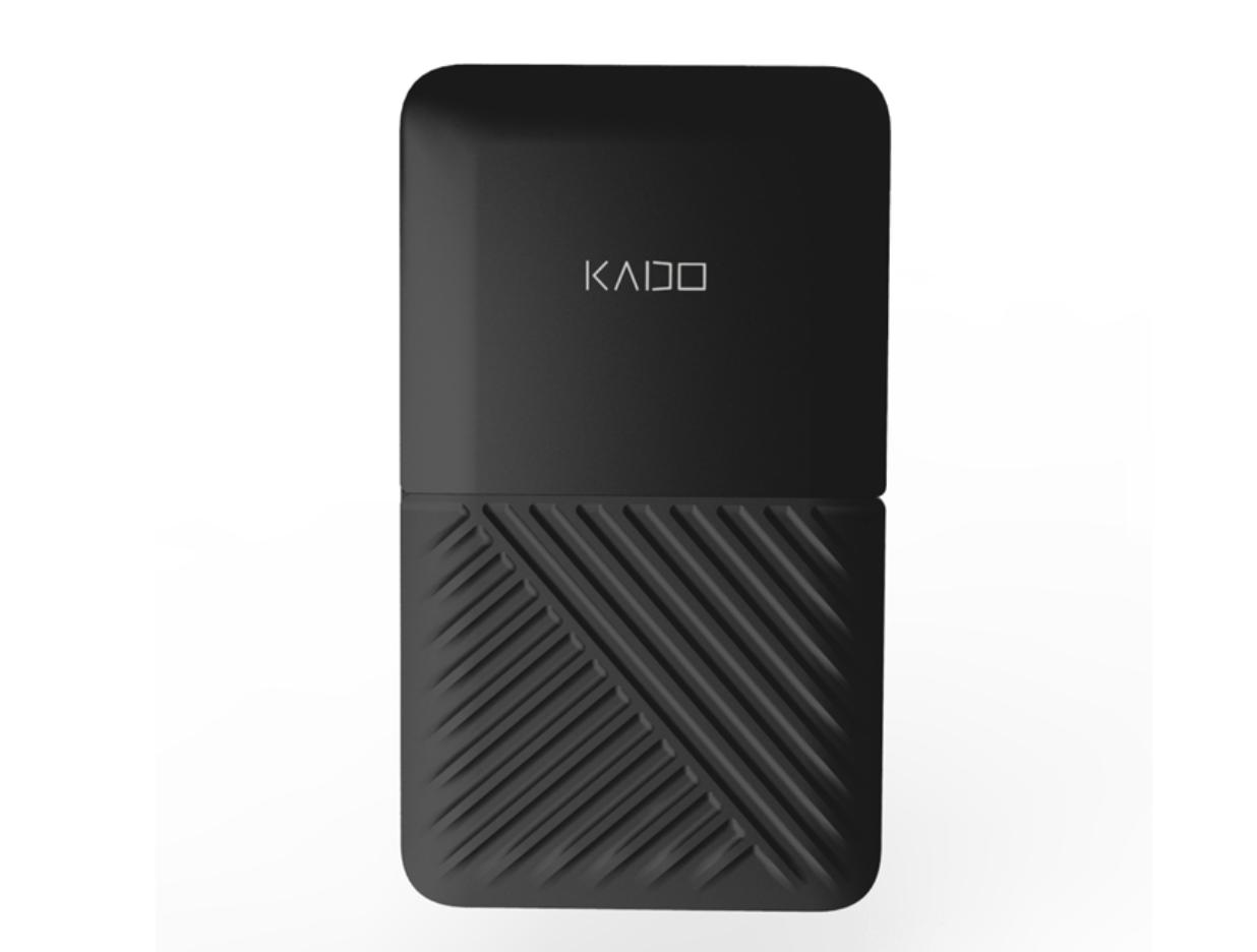 Kado Wallet — зарядное устройство размером с кредитку