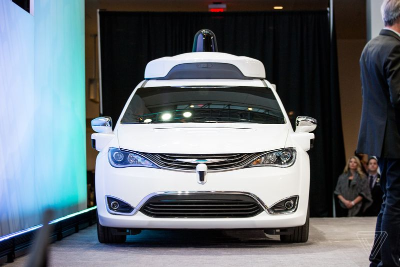 waymo_chrysler_pacifica_detroit_auto_show_2017_0381