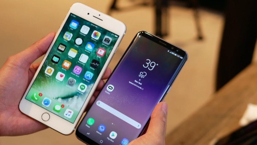 samsung-galaxy-s8-vs-apple-iphone-7-plus-3-2-840x560