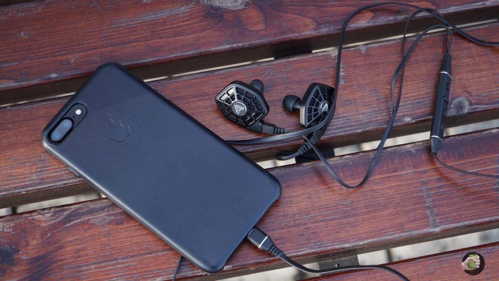 audeze-headphones-5