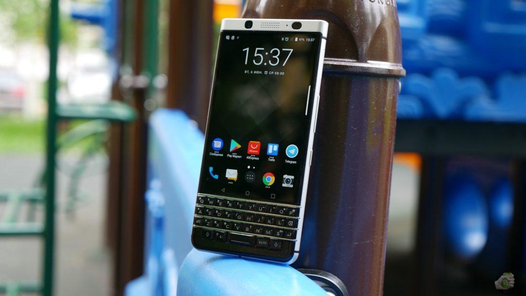 Blackberry KEYone: солидный Android с кнопочками — Wylsacom || Blackberry keyone android pay