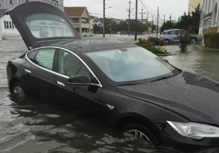 Tesla-утопленник