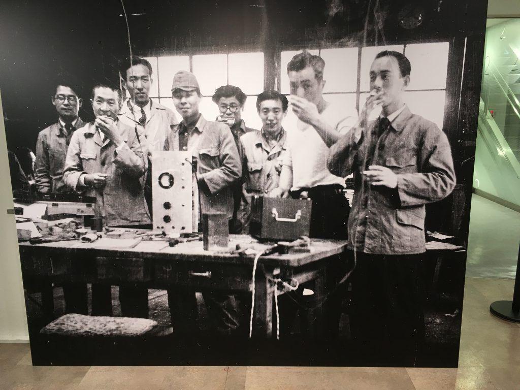рабочие Sony
