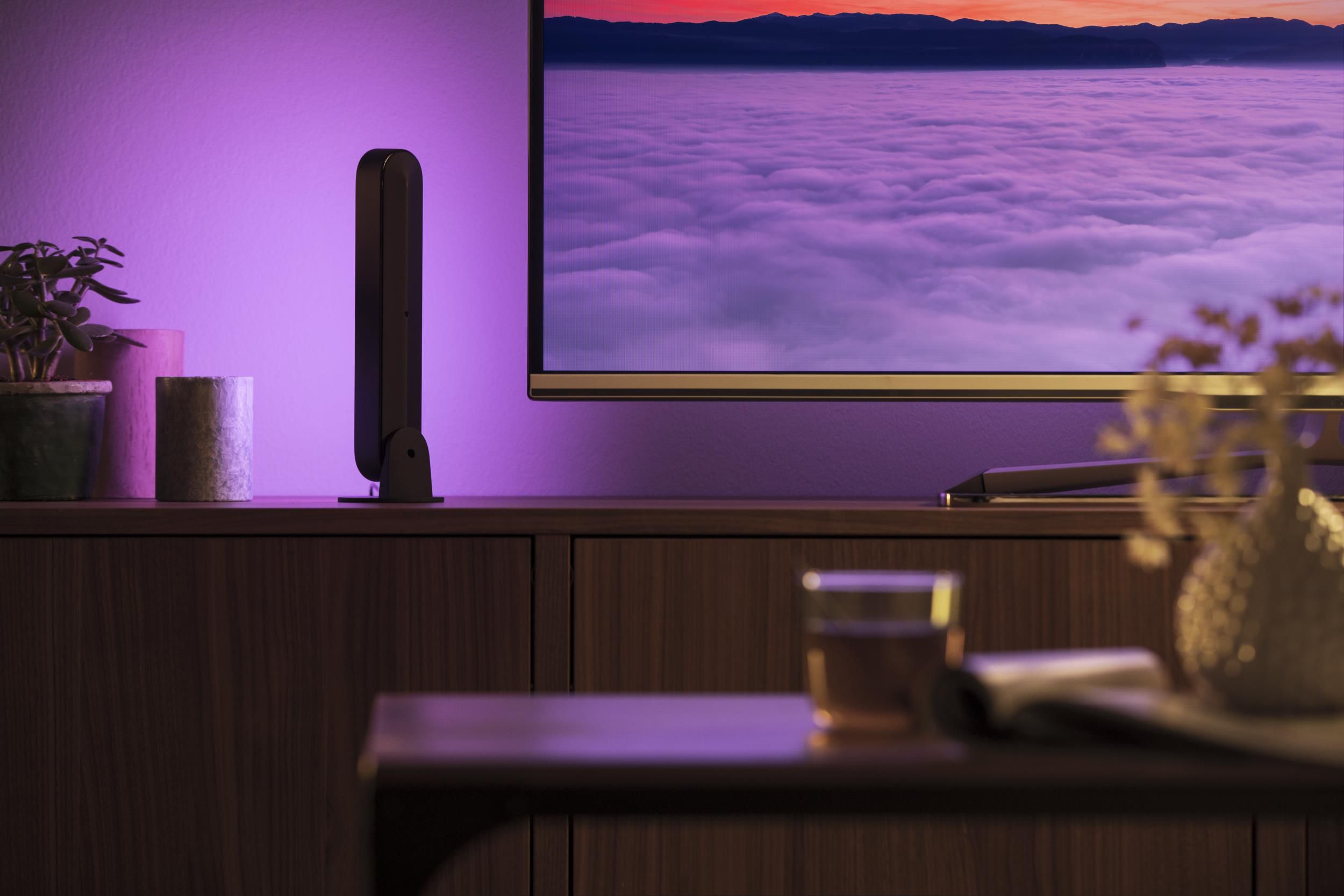 philips-hue-white-color-ambiance-play-light-bar-2-pack-black (4)