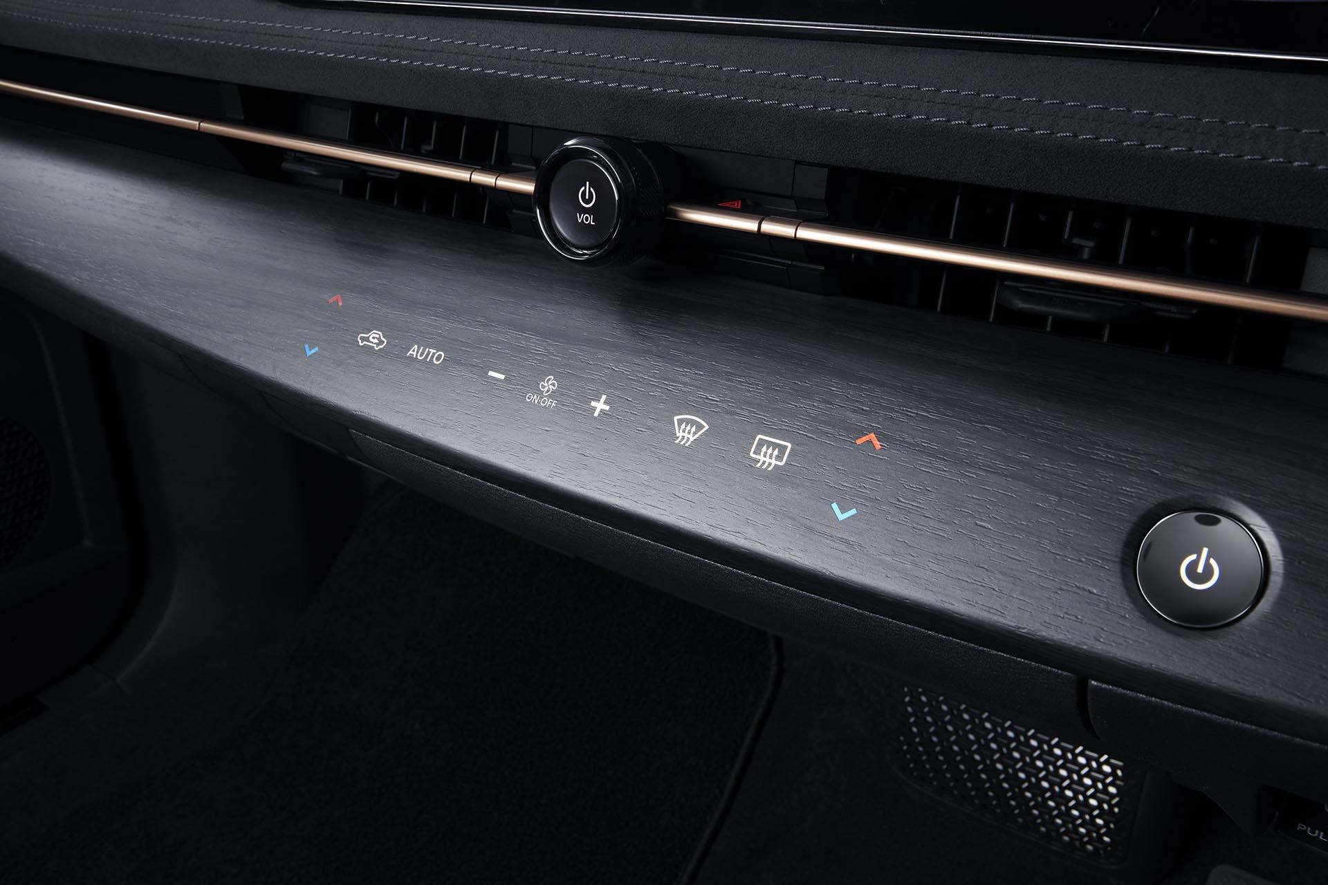 ARIYA Interior Image_ instrumental panel on-source
