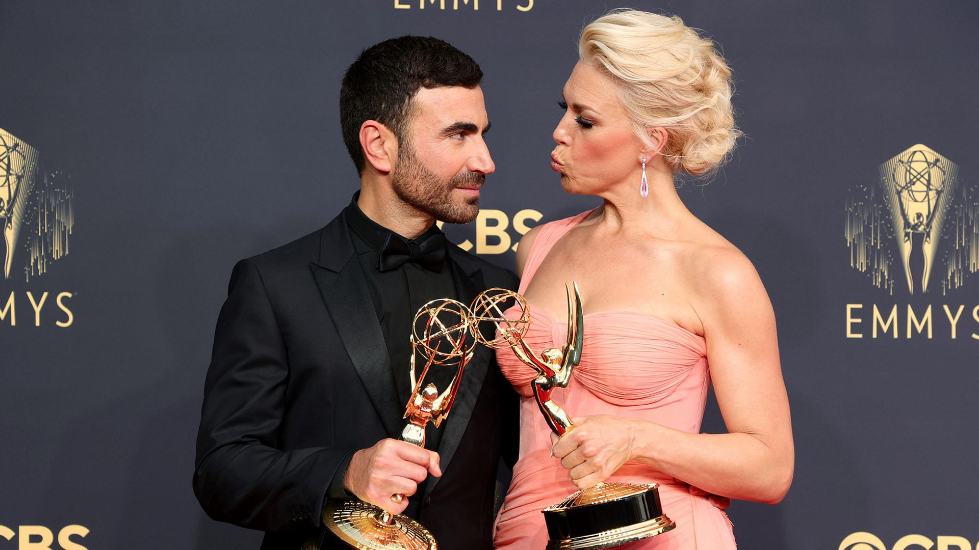 «Тед Лассо», «Корона» и «Мейр из Исттауна»: названы победители телевизионной премии «Эмми»